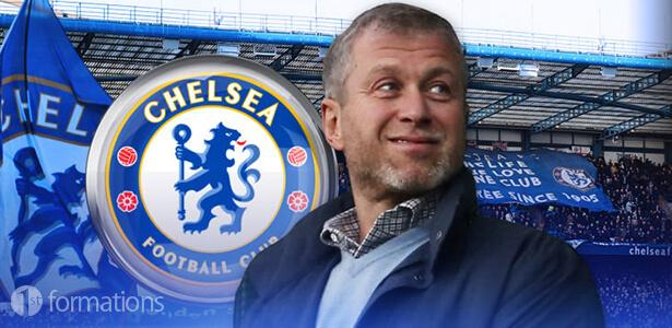 An image of Roman Abramovich in from of the FC Chelsea badge